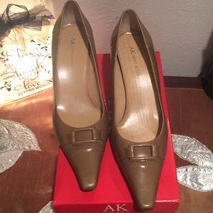 Anne Klein Green Heels